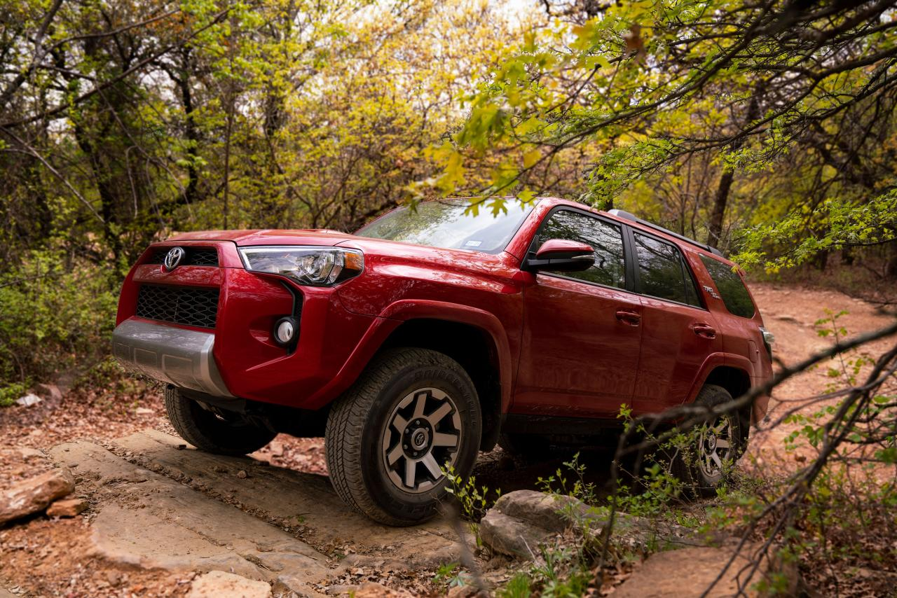 2019 Toyota 4Runner off-roading